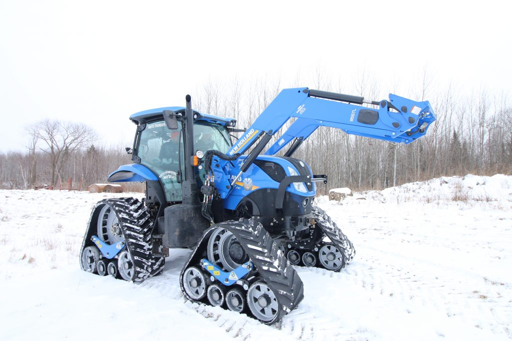 New Holland T7.210 trail grooming tractor