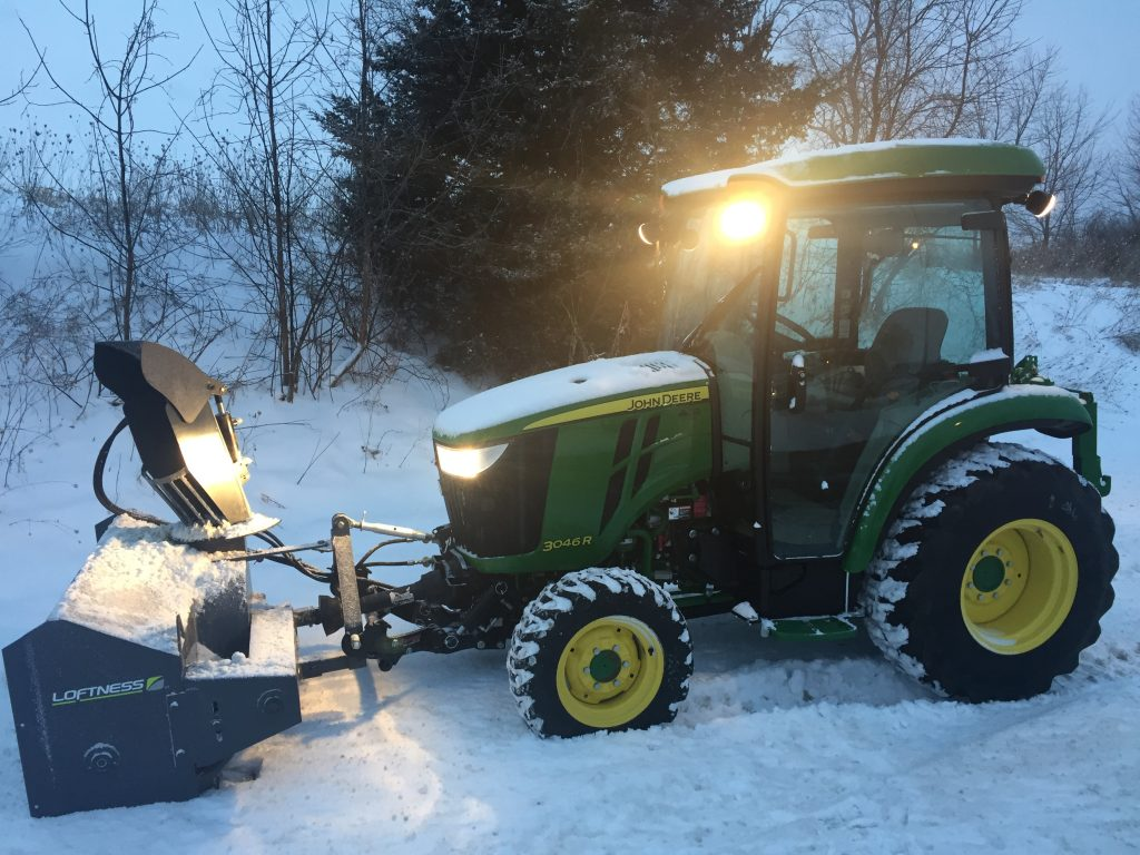 Zuidberg front 3pt hitch and PTO on a John Deere 3046R with a front mounted snow blower
